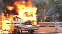 auto fiamme a3