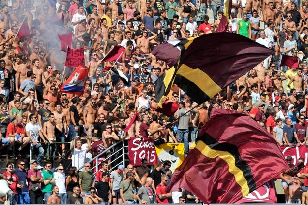 Salernitana-Livorno, alla scoperta della tifoseria amaranto ...